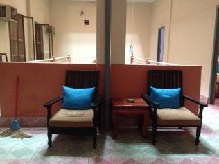 royal-hotel-battambang-hallway